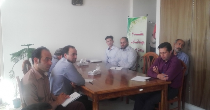 جلسه صمیمی مدیر شرکت خدمات حمایتی کشاورزی استان سمنان با همکاران
