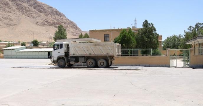 خرید و تخلیه بذور گندم و جو در انبار استان