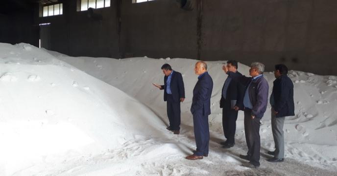 نظارت و بررسی روند حمل و تخلیه کود اوره فله در استان اردبیل