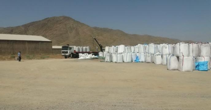 تخلیه کود اوره از مبادی مختلف در انبارهای استان مرکزی