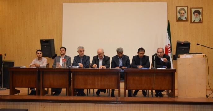 همایش یک روزه توسعه کشت دانه روغنی کلزا در تبریز