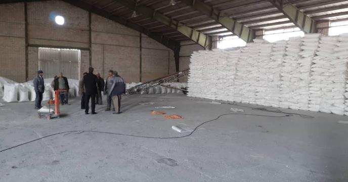 توزیع 70 تن کود شیمیایی سوپرفسفات تریپل در شهرستان عجب شیر