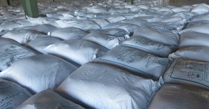 توزیع 470 تن کود کشاورزی از طریق کارگزاری موسوی در بابل