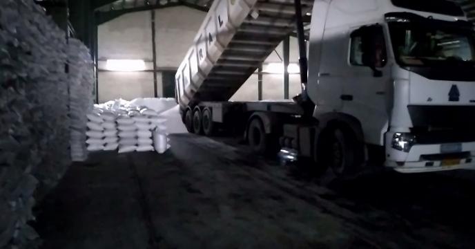 توزیع 61 تن کود اوره از طریق اتحادیه تعاونی در نوشهر