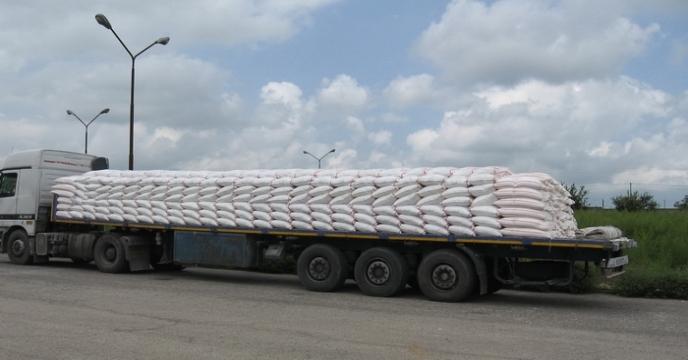 توزیع 2440 تن کود کشاورزی از طریق بخش خصوصی در نکا