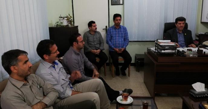 نشست صمیمی سرپرست شرکت خدمات حمایتی کشاورزی گلستان با پرسنل حاضر در انبار سازمانی گرگان