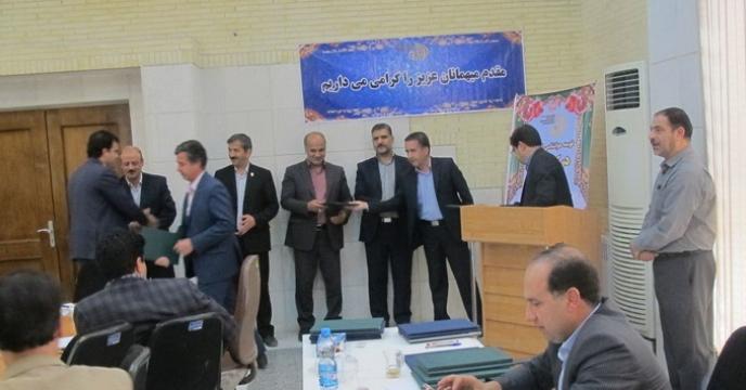 تقدیر از شرکت خدمات حمایتی کشاورزی یزد توسط سازمان جهاد کشاورزی و هواشناسی استان
