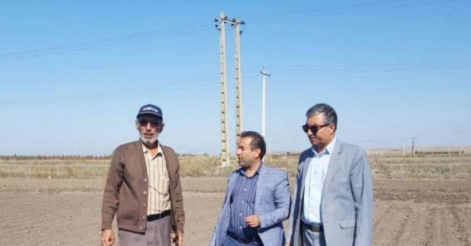توزیع کود پرمصرف  برای کشت چغندر قند در شهرستان کلاله استان گلستان