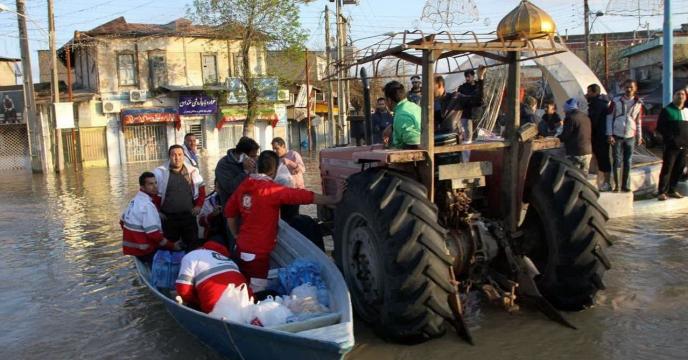 کمک به سیل زدگان در استان مازندران