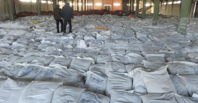 تامین و توزیع 237 تن کود فسفاته در بابل مازندران