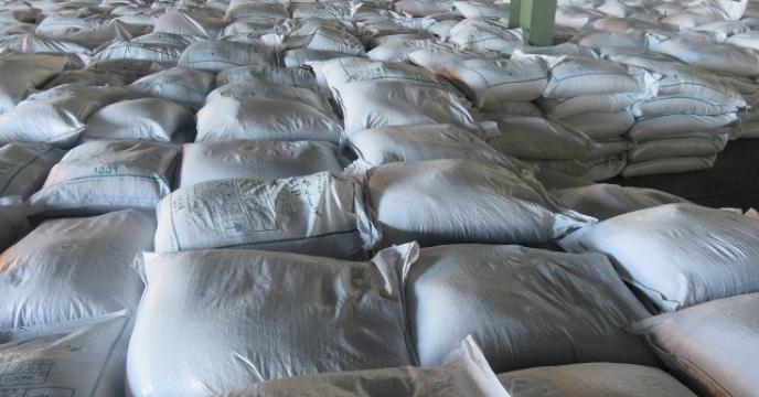 تامین و توزیع 30 تن کود فسفات آمونیوم در سیمرغ مازندران