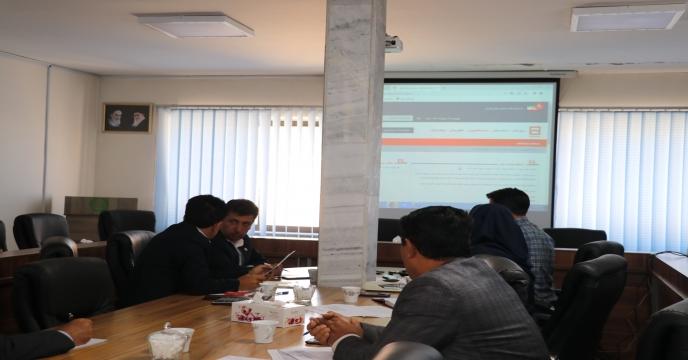 تخلیه حدود 1400 تن کود شیمیائی ازته در انبارهای شرکت خدمات حمایتی کشاورزی استان همدان،